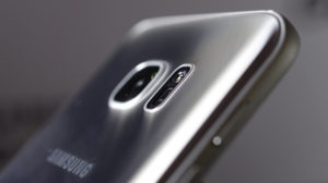 Samsung Galaxy S7 review: Camera housing protrudes only 0.46mm