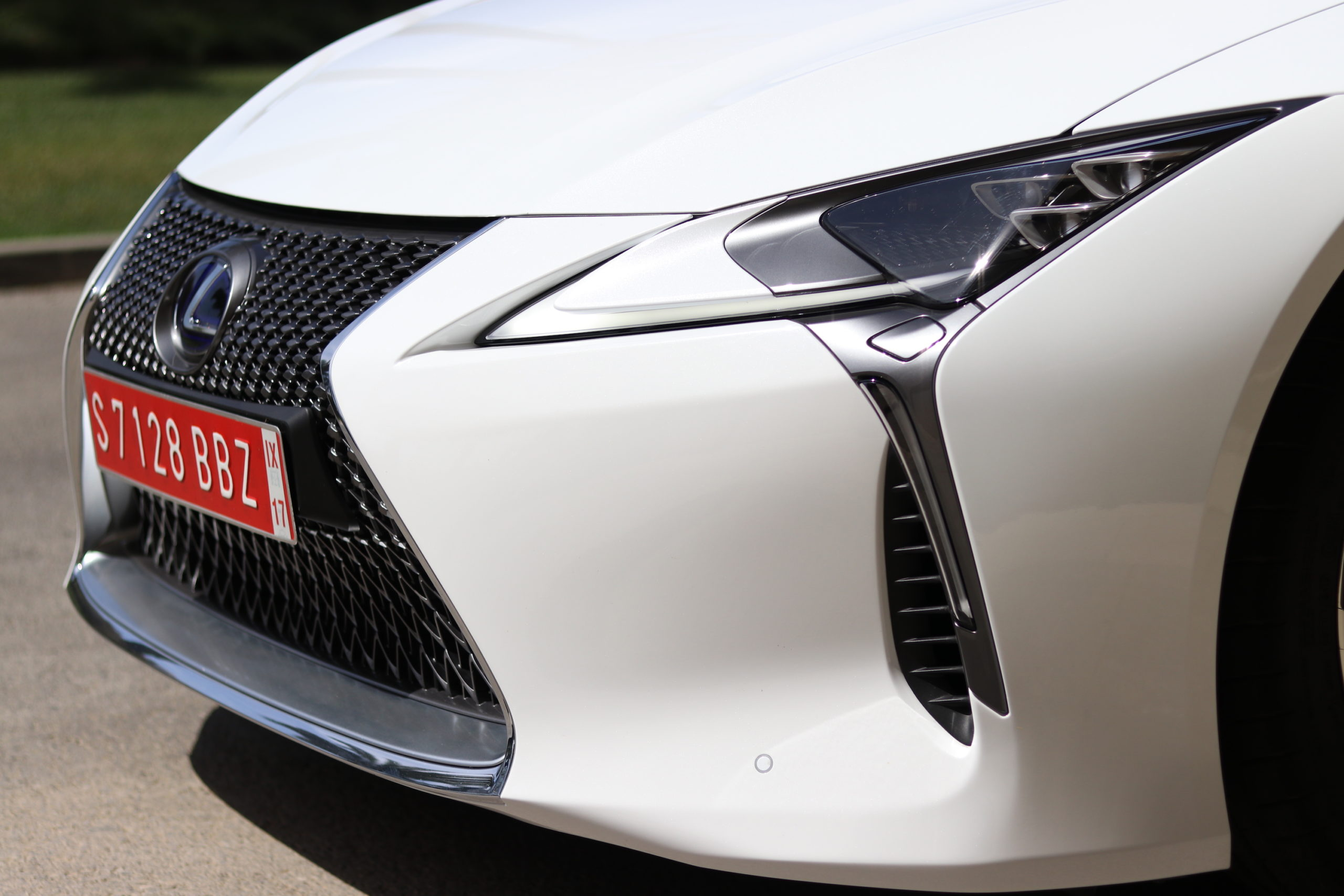 lexus_lc500_review_2017_14