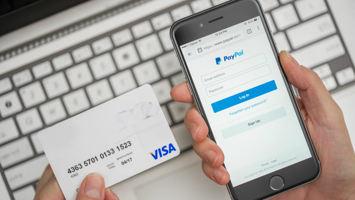 paypal_targets_the_unbanked_with_debit_cards_and_cheque_cashing_-_2