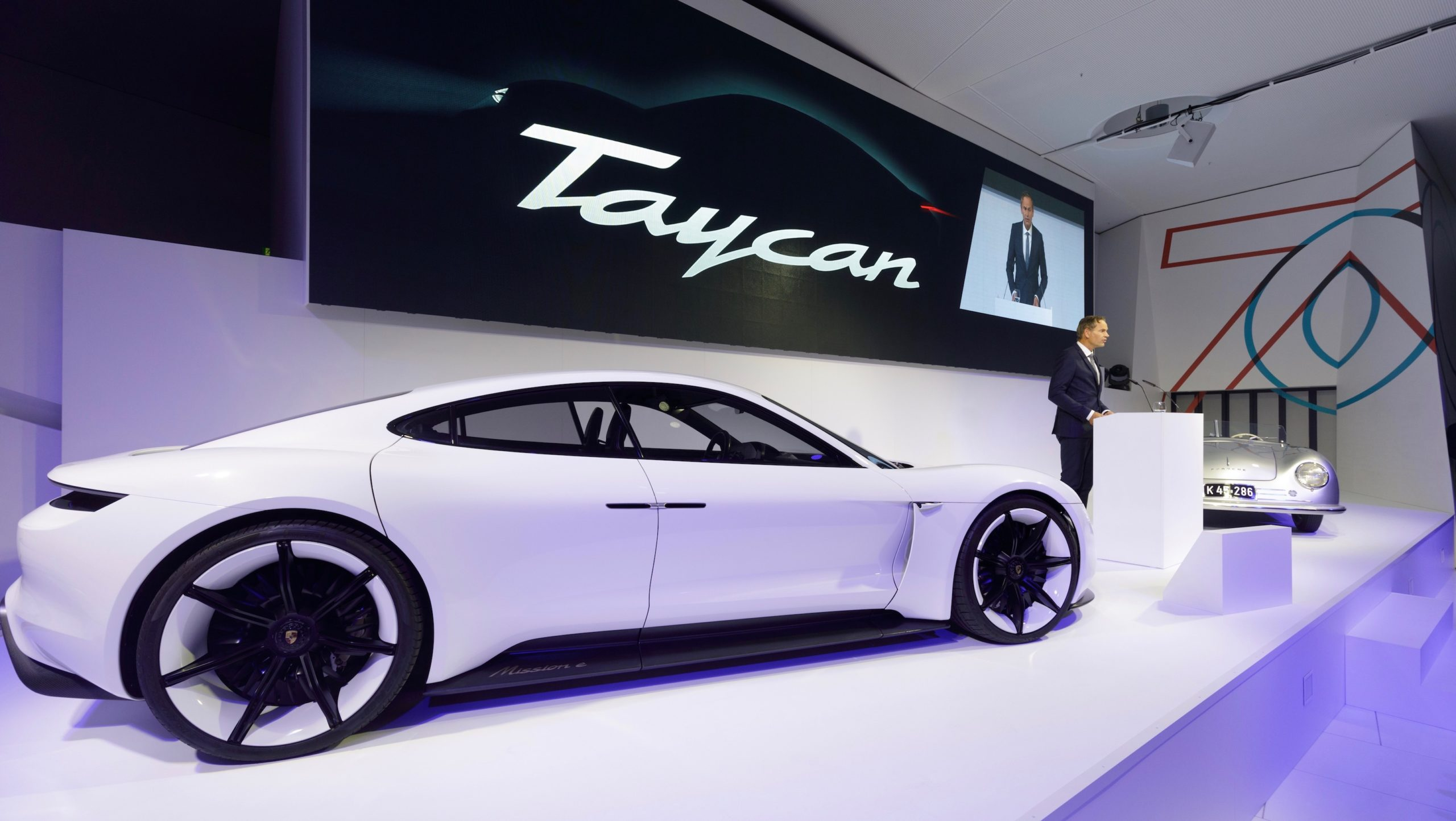Porsche Taycan Mission E Becomes The 60 000 Fully Electric Porsche Taycan